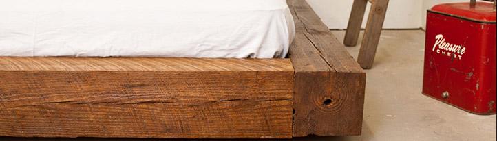Zelf een houten bed maken for Zelf tafel maken hout
